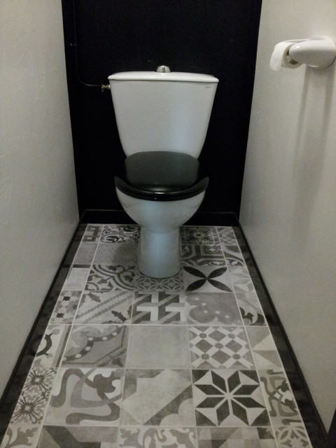 WC style 1900 Noir & Blanc M.B de Loubes - Transitional - Bordeaux