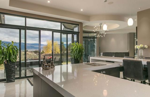 Home design - contemporary home design idea in Vancouver