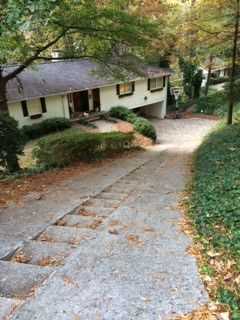 Steep driveway nightmare for Steep driveway construction