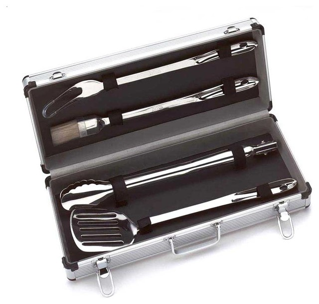grill set with case