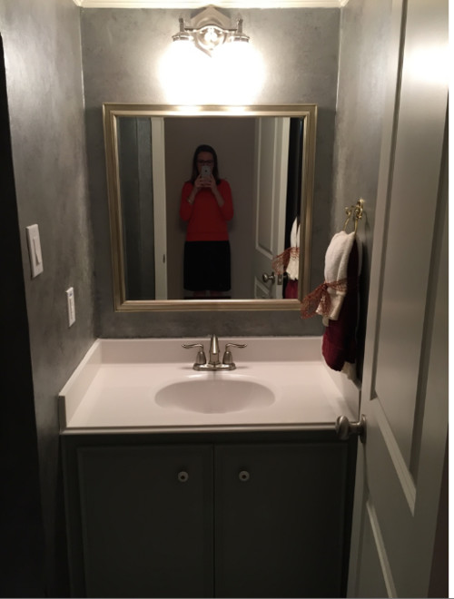 What size pedestal sink in powder room remodel?
