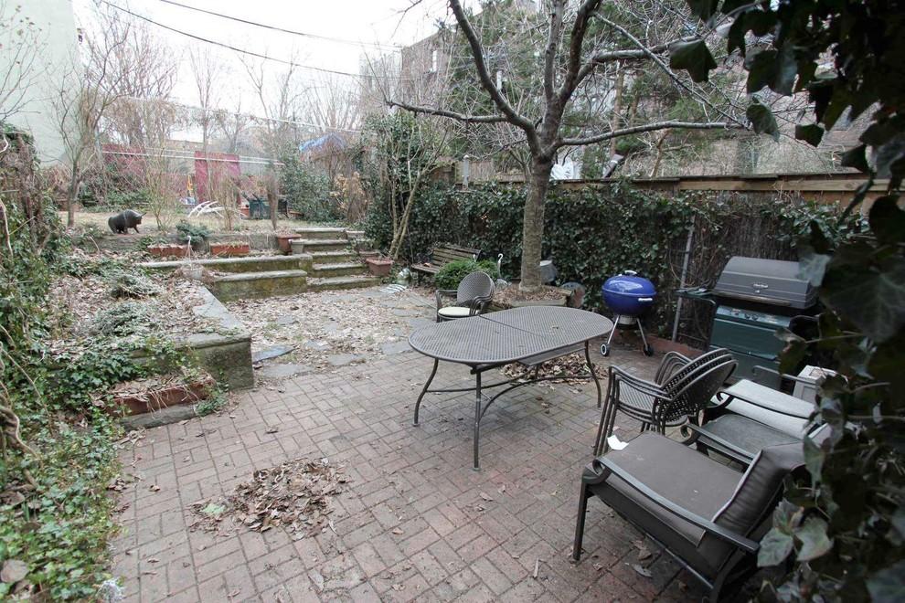 A Family Friendly Brownstone Garden