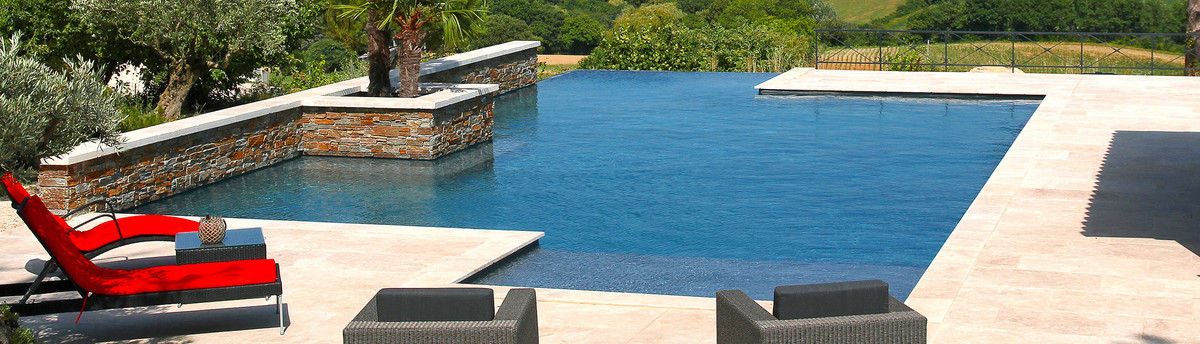 Diffazur piscines montelimar mont limar fr 26200 for Accessoire piscine montelimar