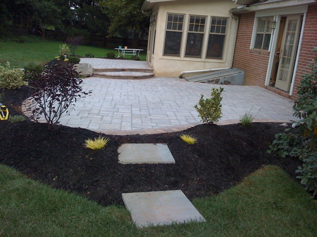 small paver patio projects traditional patio