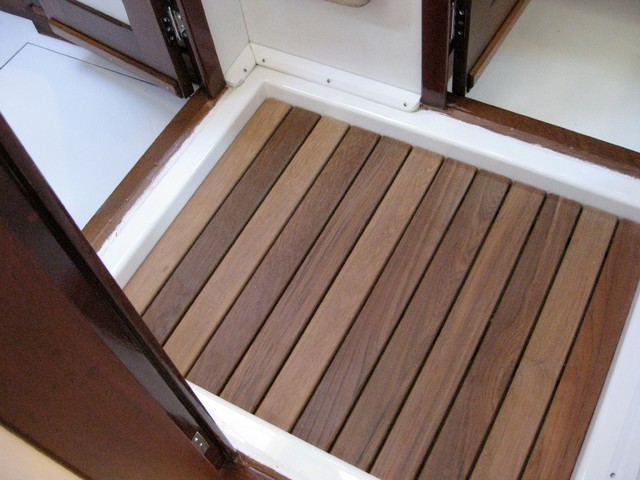 AFTER - Guest Teak Shower Floor