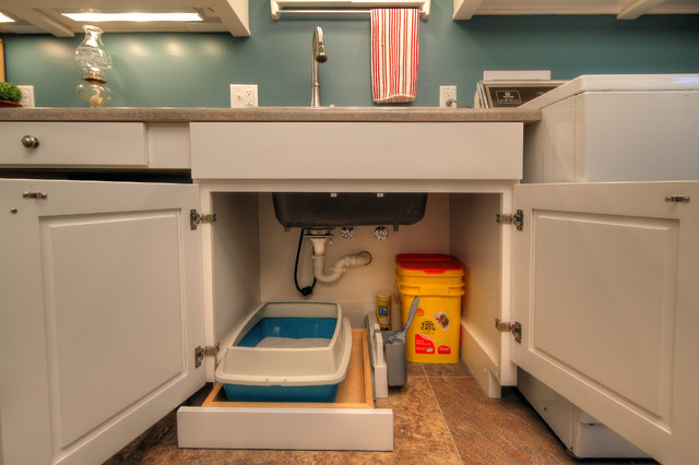 Pet-Friendly Laundry Room - Contemporary - Laundry Room - St Louis - by Mosby Building Arts
