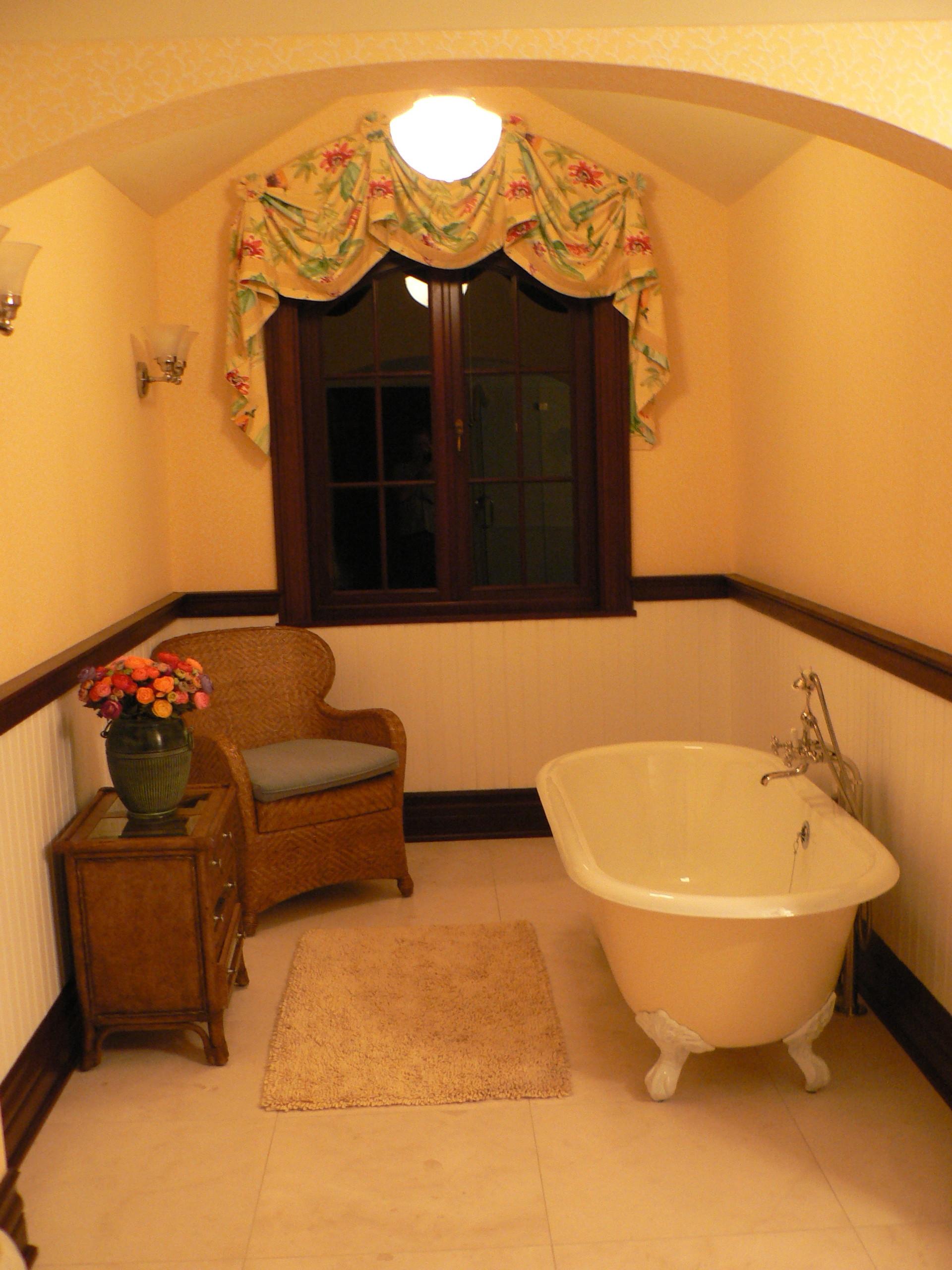 Greenwich Estate - Gate House Bathroom
