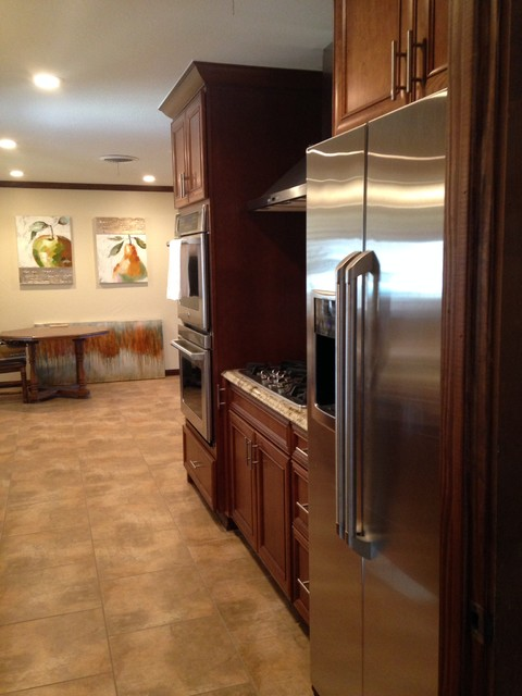 Kitchen Remodel Traditional Kitchen Other By Re Bath 5 Day Kitchens Of Amarillo