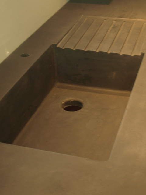A Integral Concrete Sink With Built In Drain Board