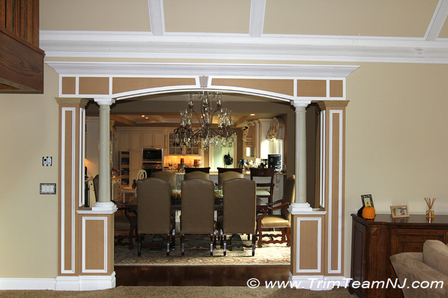 Doorsways And Archways Traditional Living Room
