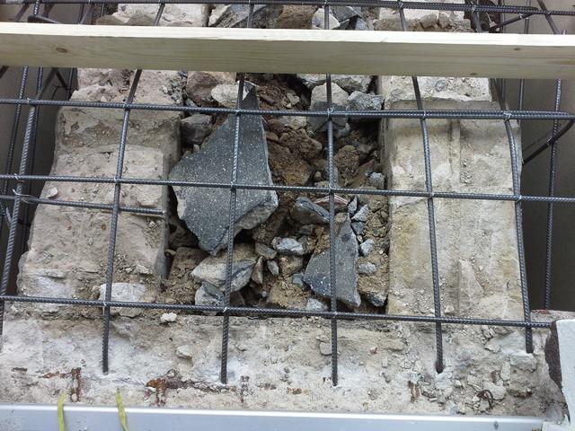 treppe zur haust r neu betonieren und mit naturstein belegen unterbau. Black Bedroom Furniture Sets. Home Design Ideas