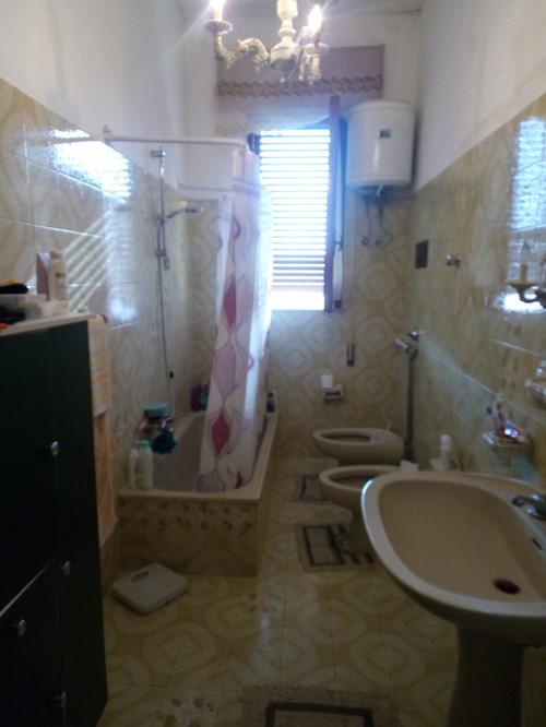 Idee bagno stretto e lungo - Bagno stretto e lungo con doccia ...