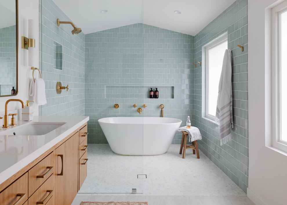 4 Aesthetic Considerations for Your Bathroom Remodel