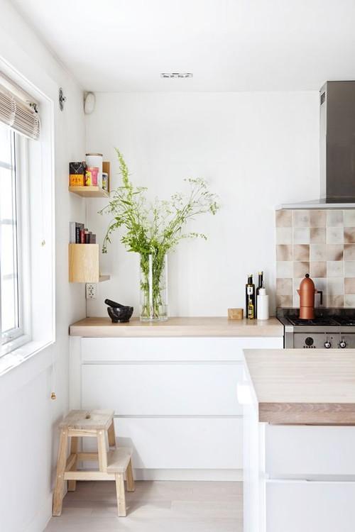 Exceptional Best Value Matt White Handleless Kitchen