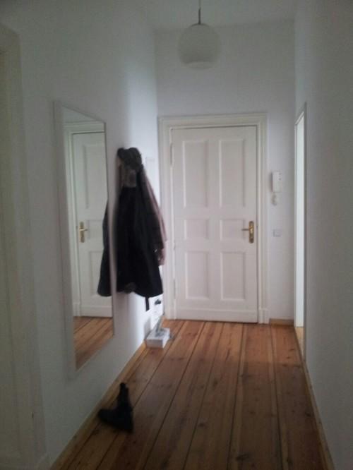 Come poter riempire un corridoio stretto e poco illuminato - Divani stretti e lunghi ...