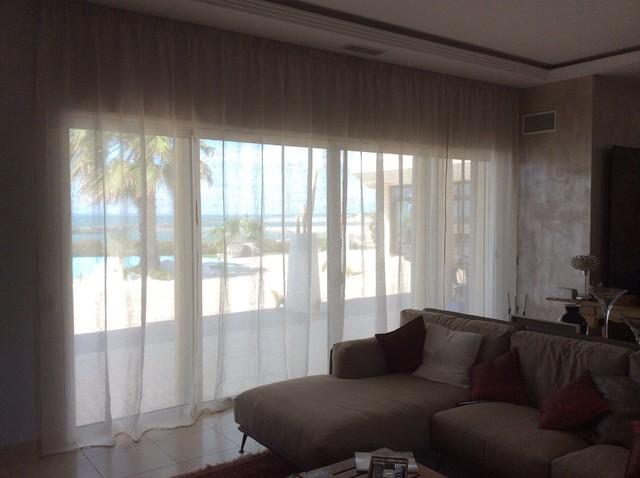 confection de rideau store int rieur ou ext rieur sur mesure contemporain montpellier par. Black Bedroom Furniture Sets. Home Design Ideas