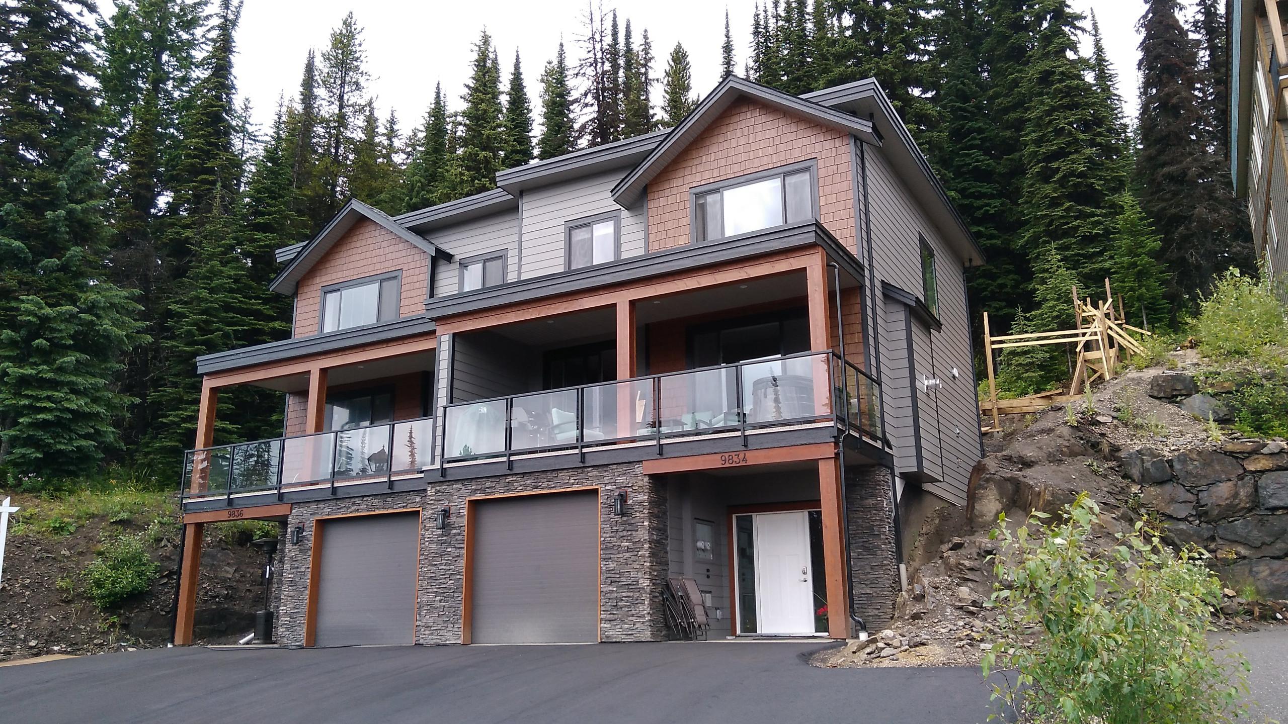Duplex on the Ridge
