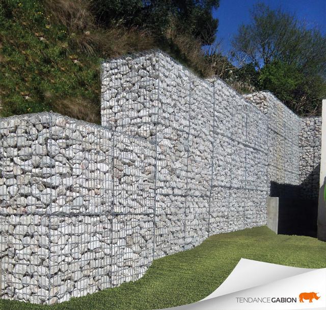 retenue de talus en cages m taliques remplies de pierres. Black Bedroom Furniture Sets. Home Design Ideas