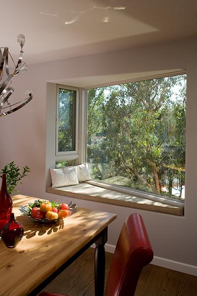 Modern House in Studio City, California