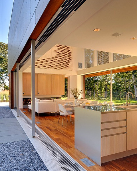 Cool Indoor-Outdoor transition