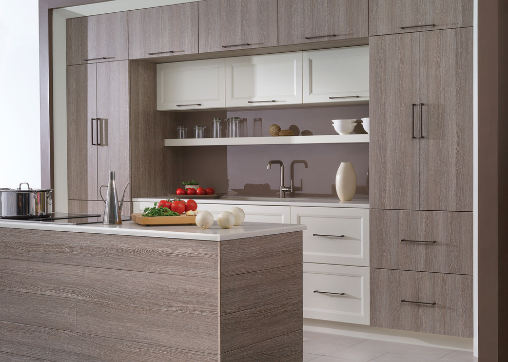 Bria Cabinetry in Nutshell Textured Foil - Dura Supreme Cabinetry Ideas