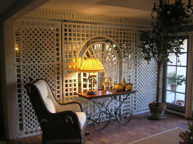 Garden Sunroom With Trompe L 39 Oeil Painting Walls Trellis