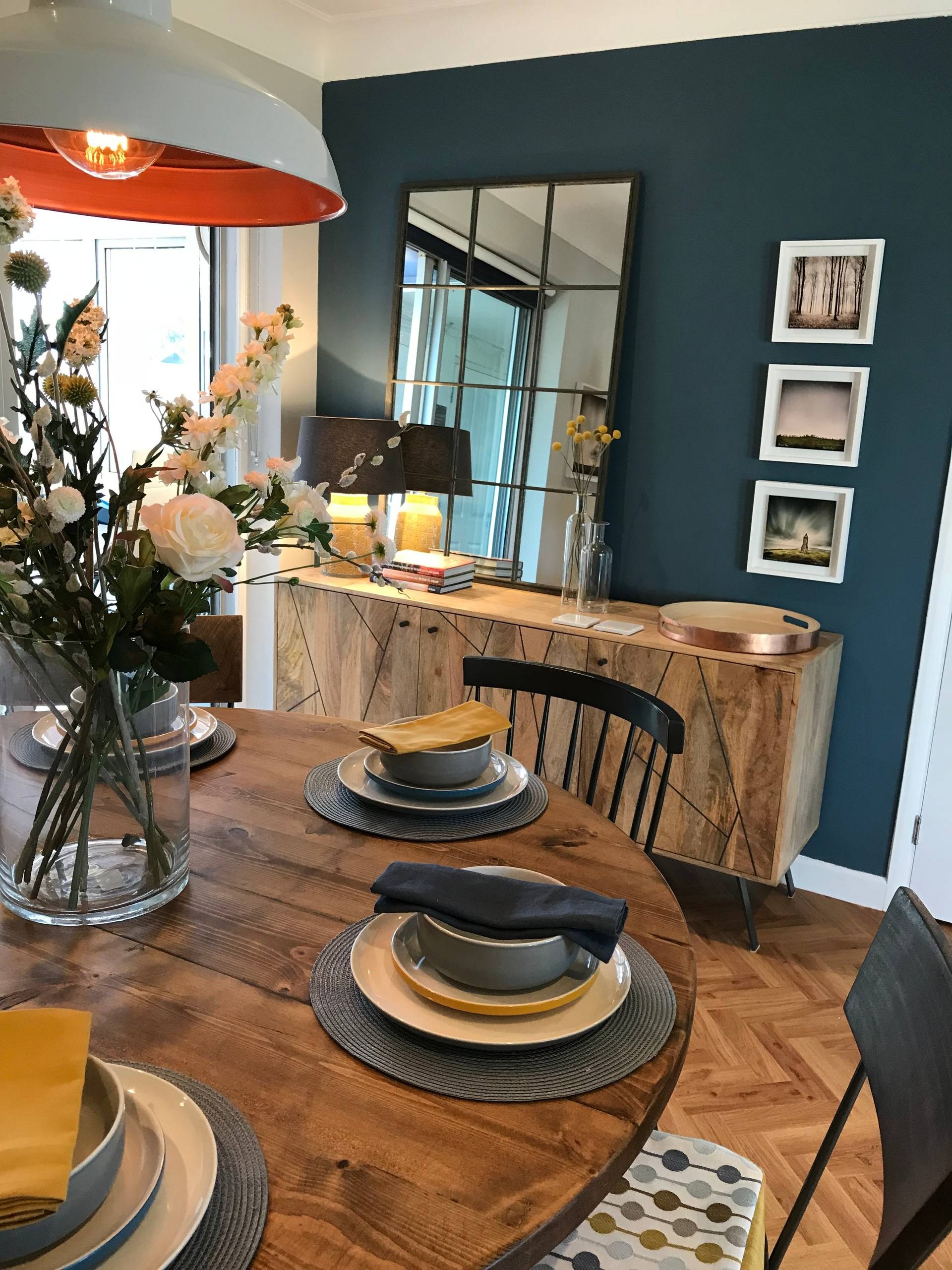 Industrial style living/dining room