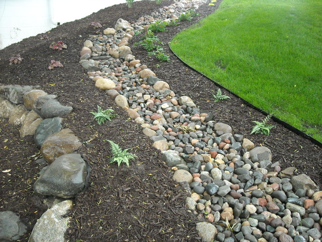 Dry Creek Bed Drainage Boulder Retaining Wall Plant Beds Modern