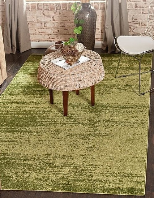 Green Del Mar Area Rug, 5&x27;x8&x27;.