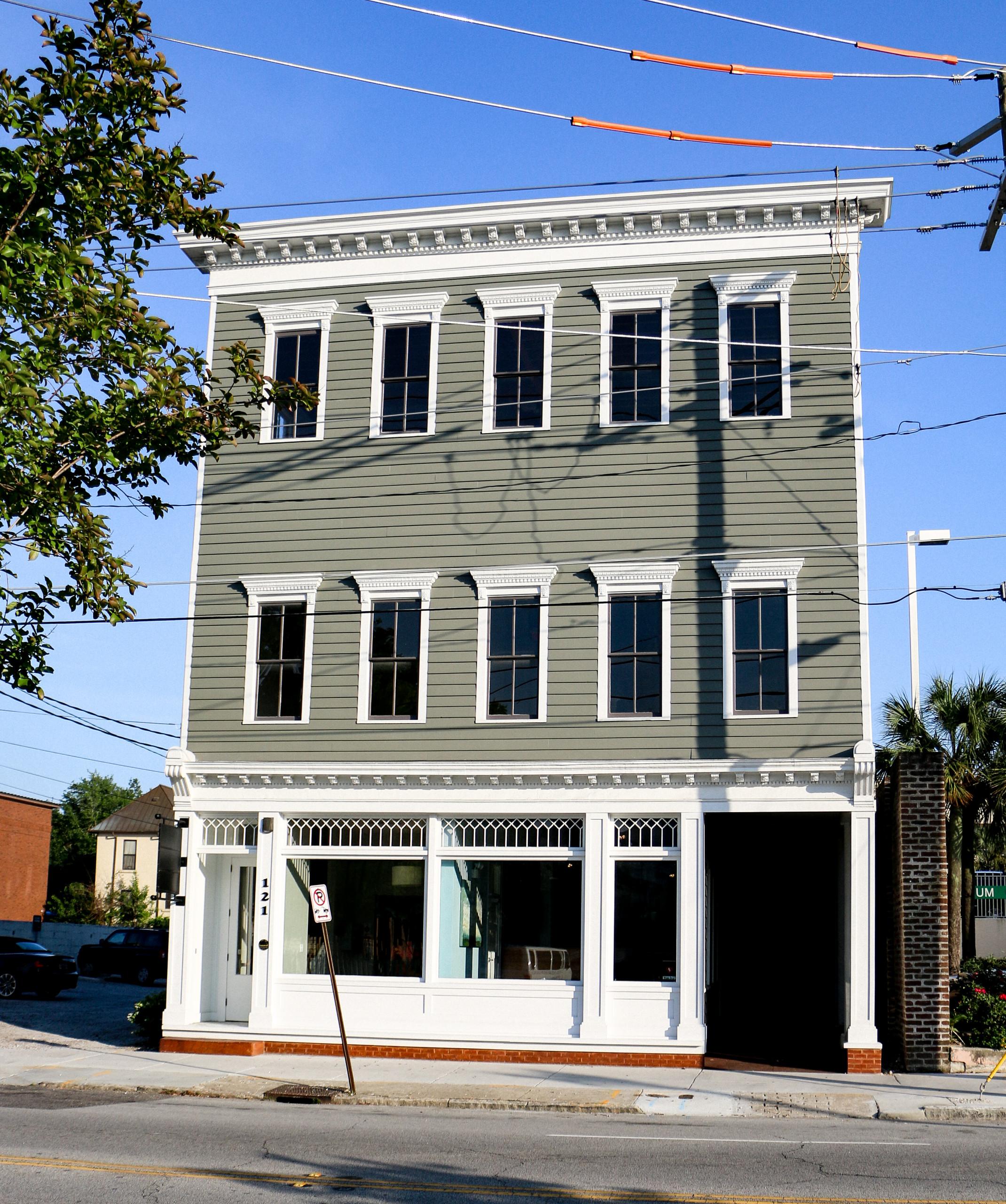 121 Calhoun Office Building