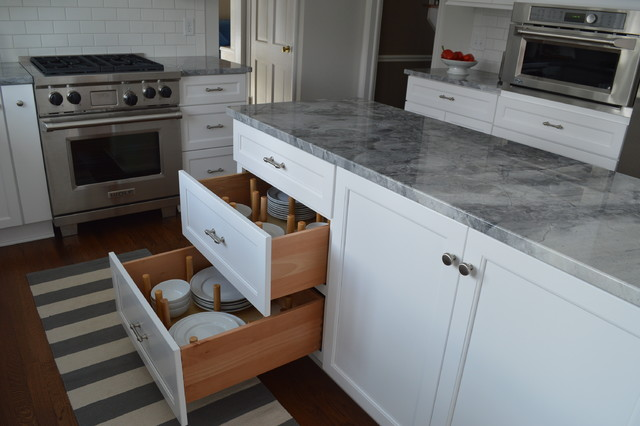 Classic Gray and White Kitchen traditional-kitchen