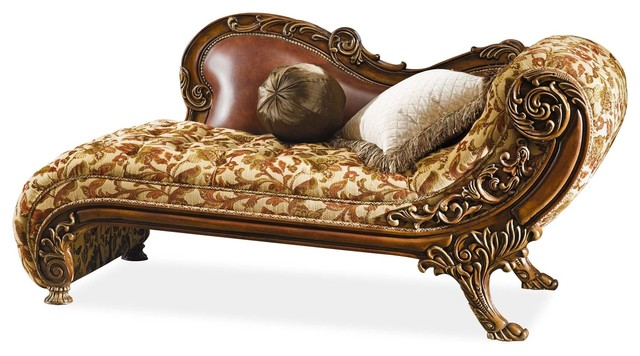 Coventry Chaise.