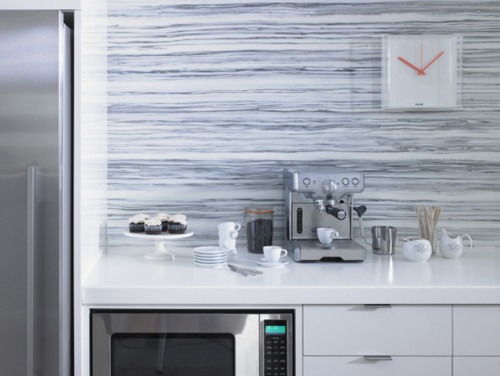 Have You Considered A Sheet Laminate Backsplash Laminate Can Be Beautiful No Grout And It S Neither Glass Nor Metal So It Won T Heat Up When You Re