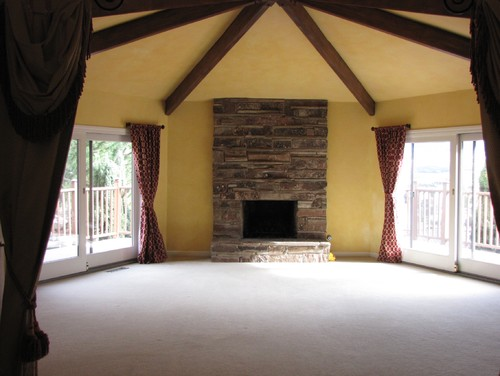 6 sided room with vaulted ceiling and beams for Top rated ceiling paint