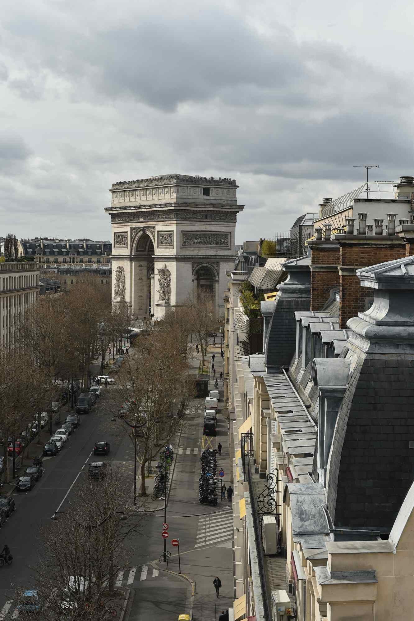 surélévation - vue imprenable sur PARIS