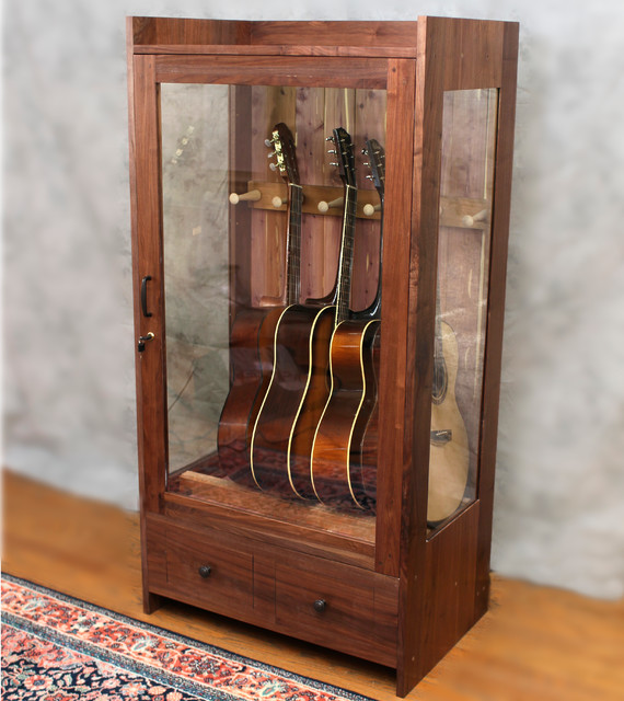 Superbe Guitar Habitat™ Small Craftsman
