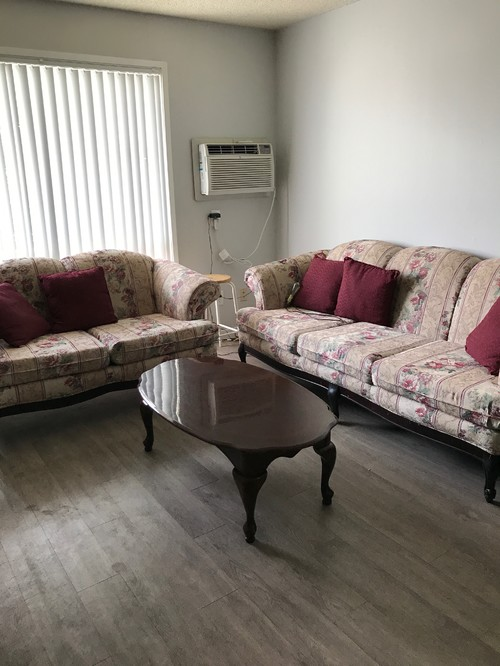 Beautiful Style Couch But Ugly Floral Print