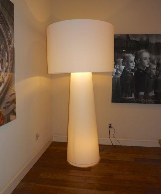 Big shadow floor lamp by marcel wanders contemporary for Modern tube floor lamp