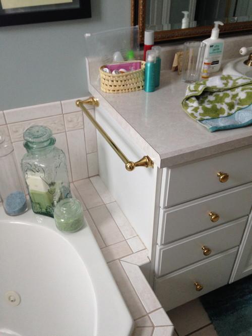 Do i need a backsplash on my bathroom sink for I want to remodel my bathroom