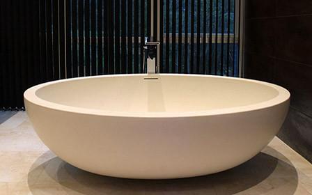 Imperia Free Standing Luxury Bathtub Contemporary