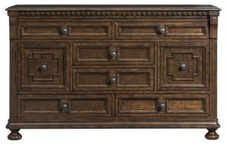 Elements Henry Dresser, Walnut