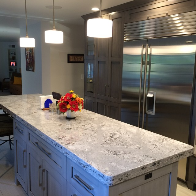 Cambria Quartz Summerhill on Grey Cabinets modern