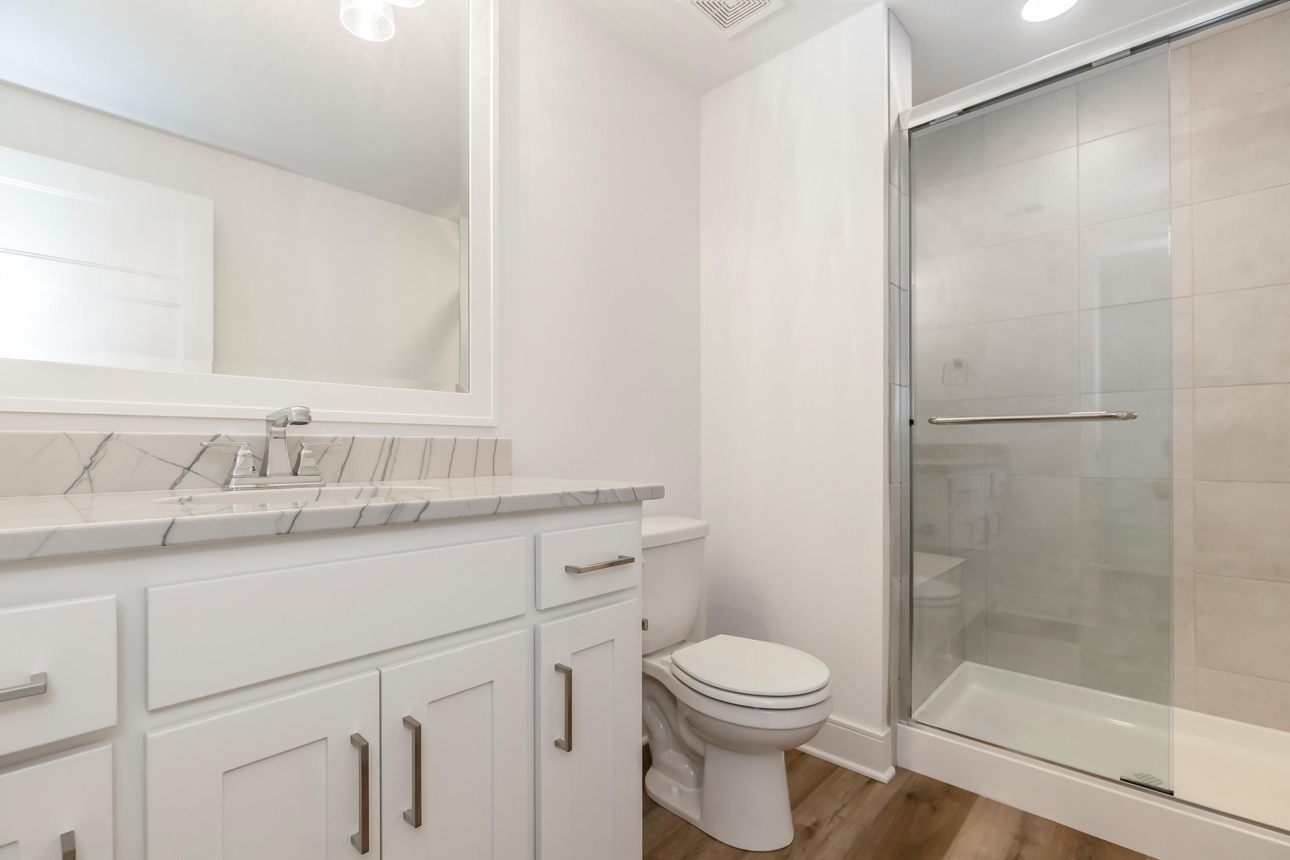 WatersEdge 3806 W 158th Terrace OP, KS 66224 Spec Home