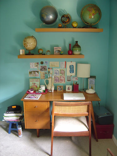 http://st.houzz.com/simages/22302_0_8-3191-eclectic-home-office.jpg