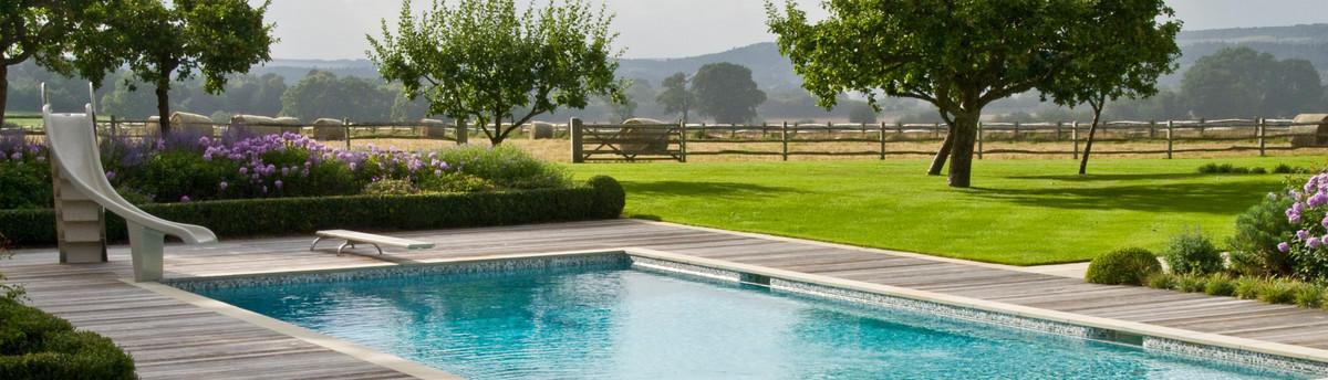 Acres wild horsham west sussex uk rh13 6rg for Garden house design west sussex