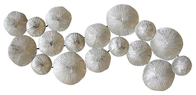 Stratton Home Decor Silver Circles Wall Decor.