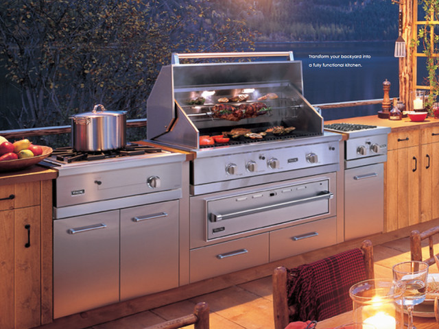 Viking Outdoor Kitchen and Cooking Island - New York - by ...