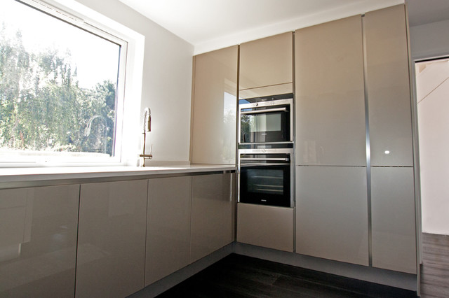 Modern Kitchen Units handleless kitchen tall units - modern - kitchen - london -lwk