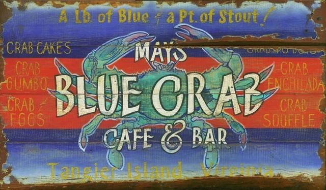"""Blue Crab Vintage Wooden Sign, 20""""x32""""."""