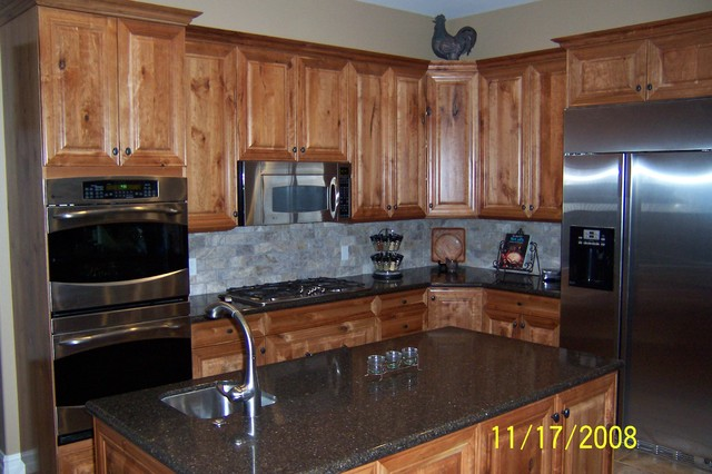 rustic cherry kitchen cabinets rustic cherry kitchen 25737